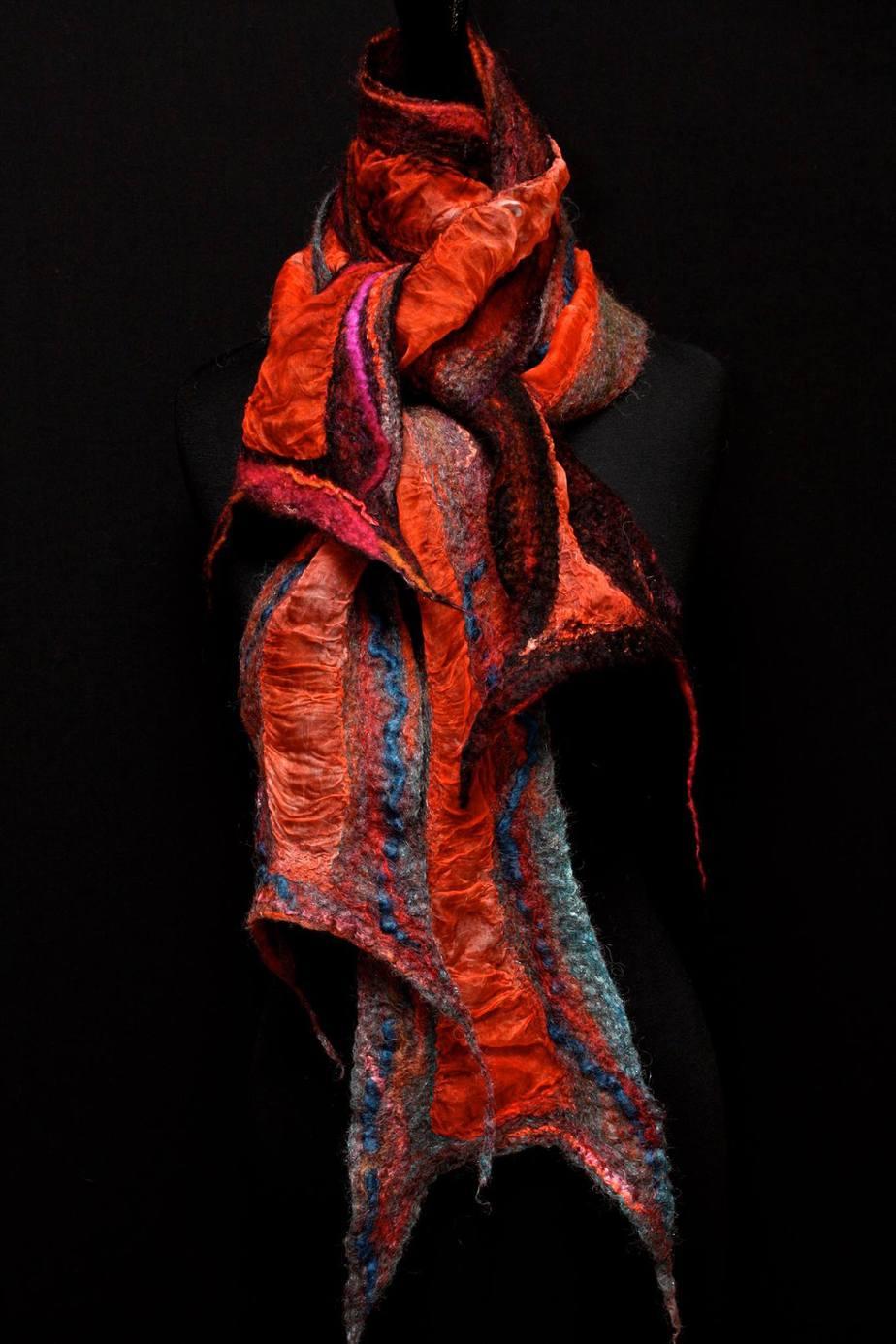 Red-scarves