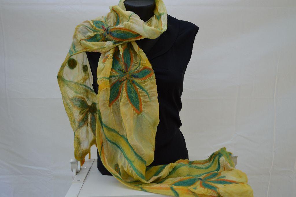 Merino wool-silk nuno felt