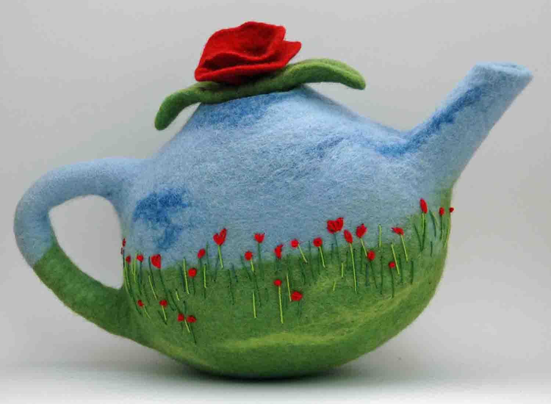 Kusnitz_H_Poppy-Teapot