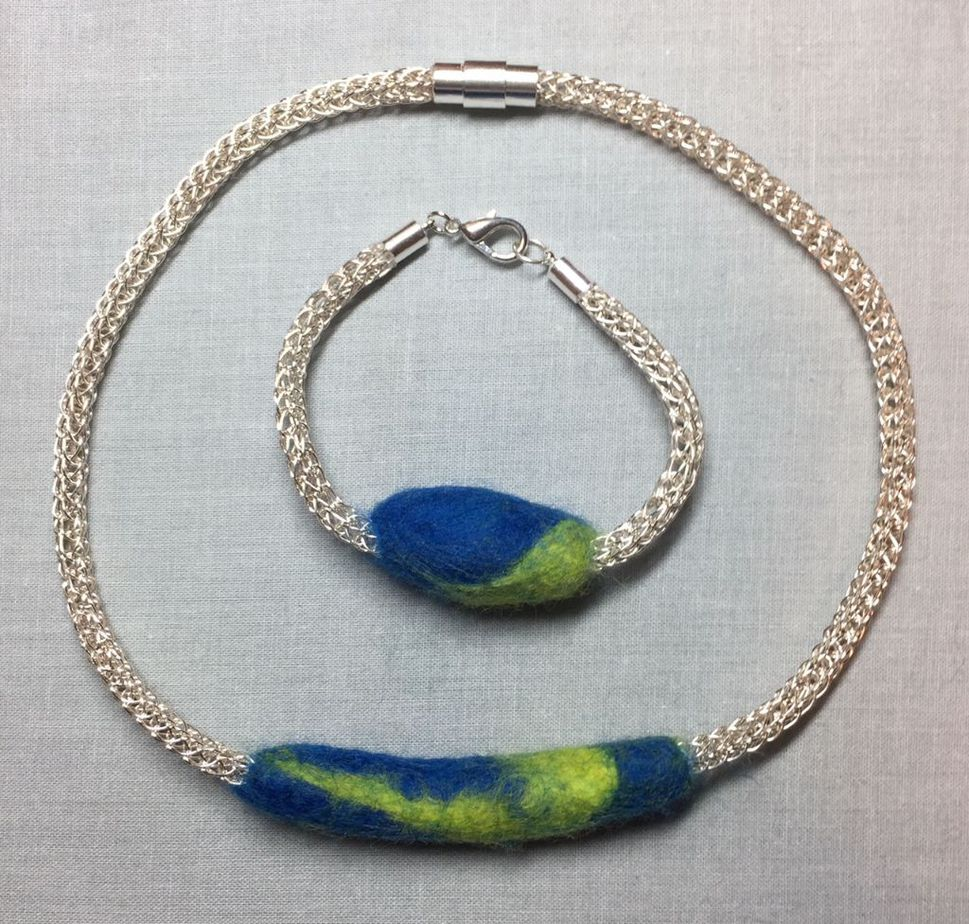 felt:crochet necklace