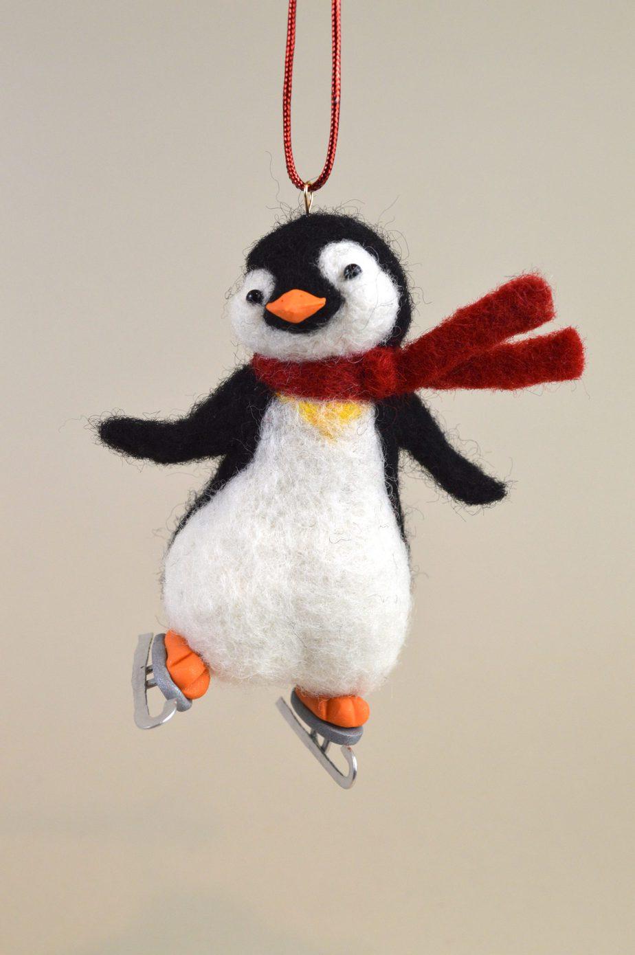 PenguinonIceSkates