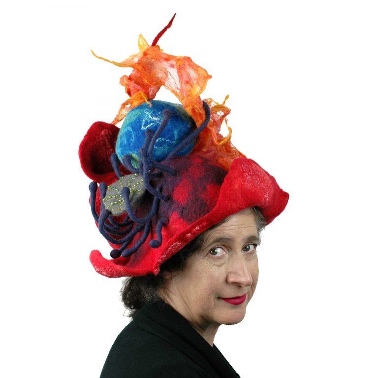 Juliane-Gorman_earth-on-fire-poppy-headdress