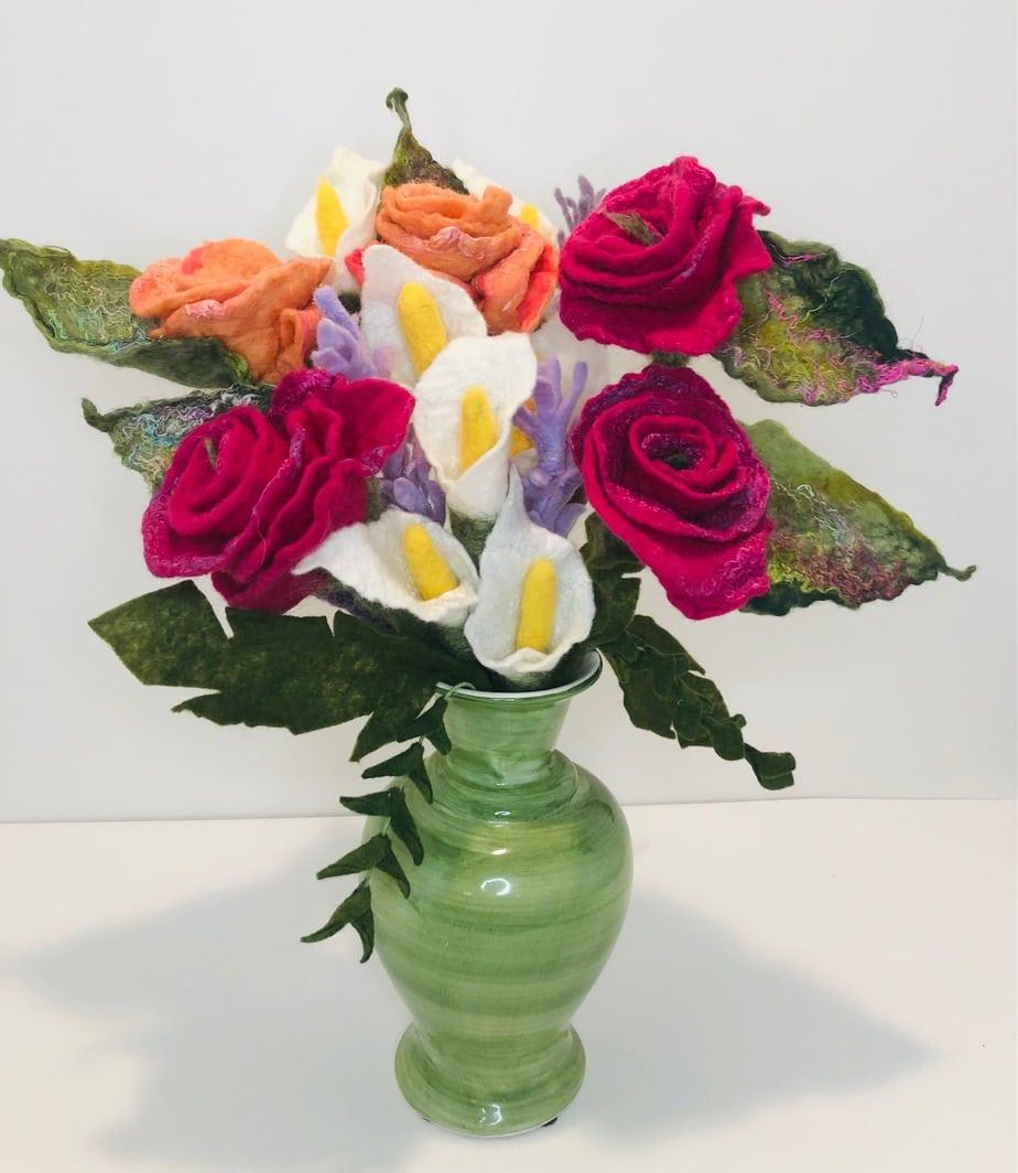 KENNELLY_Bouquet1_WoolandSilk_28x12_180