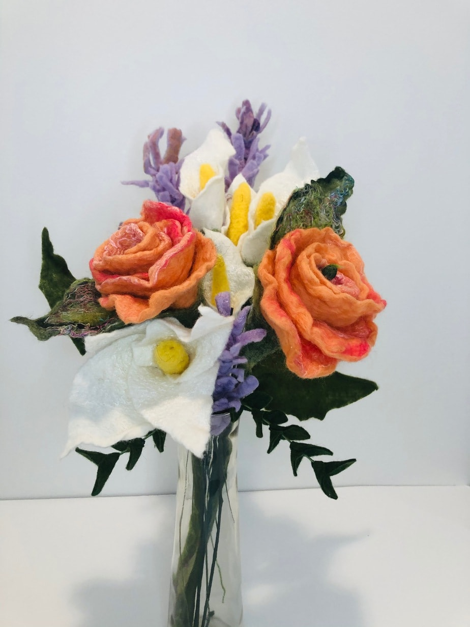 KENNELLY_Bouquet3_WoolandSilk_12x12_100